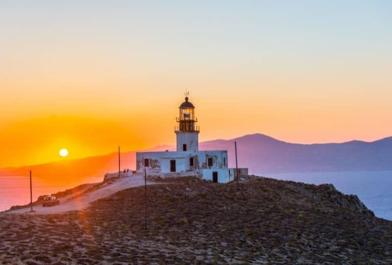 Platis Gialos - Be active - Armenistis Lighthouse