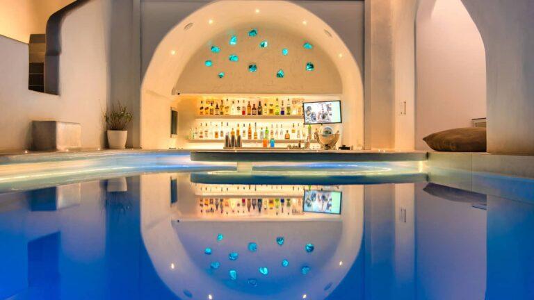 8f6a566a5a359c02e7696587240984b0.Athina-suites-Boutique-hotel-Santorini-14