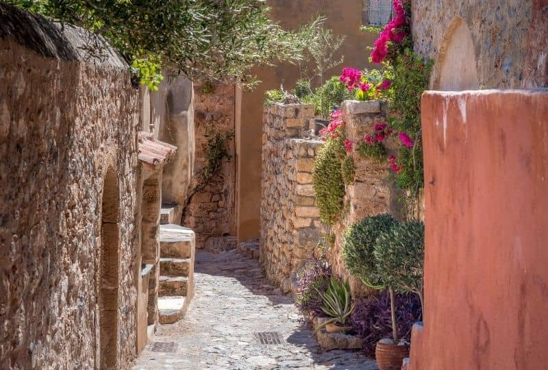 Andritsena village: a must among the things to do in Elis Region